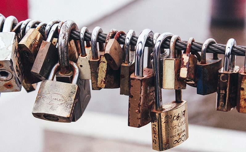 piekaramās atslēgas