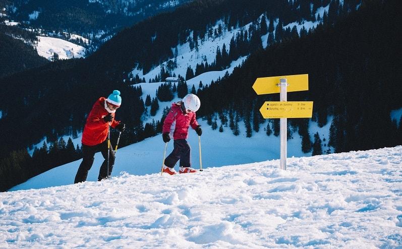 slēpošana ar bērnu