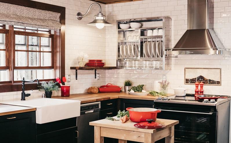 lauku stila virtuve